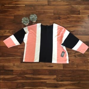 NWT Vince Camuto boat neck color block sweater